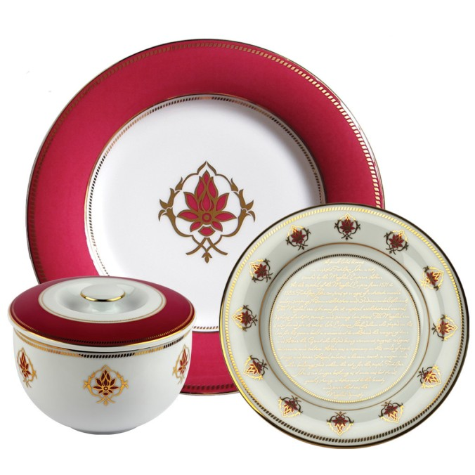 Lotus dinner set The Sandalwood Room