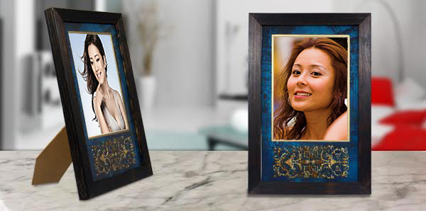Decorative photo frame, the sandalwood room
