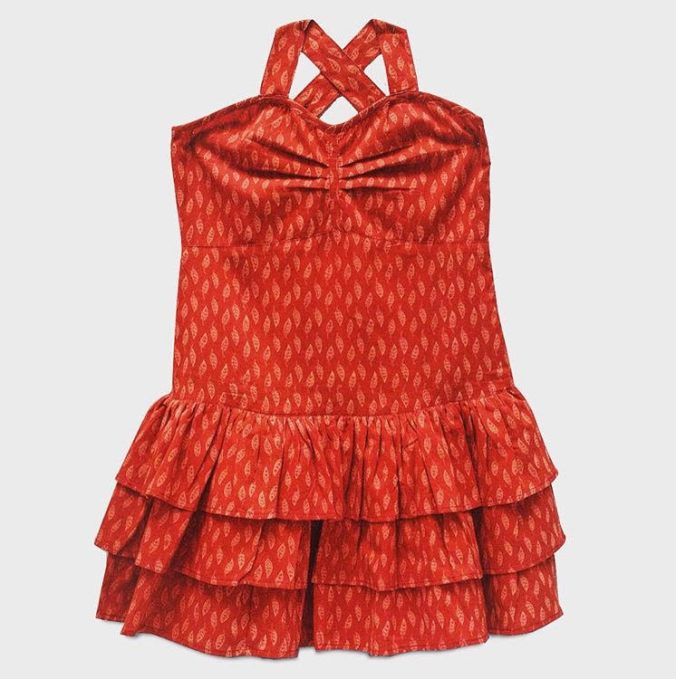 Almost halter-neck party frock in stunning red