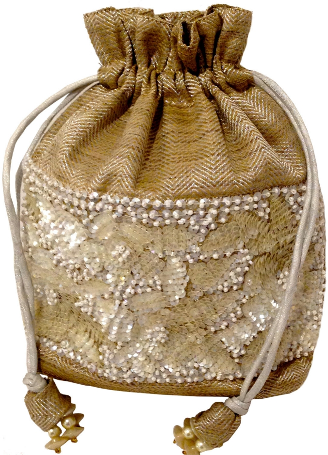 Sandalwood colour drawstring with sequins, the sandalwood room
