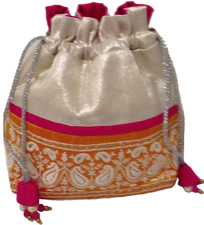 White tissue drawstring bag, the sandalwood room