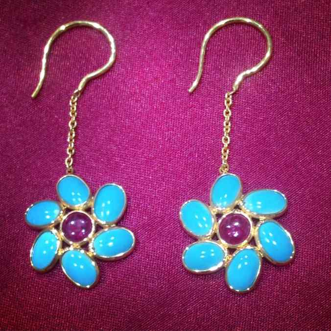 gemstone jewelry, turquoise and ruby hook earrrings in 18 carat gold, the sandalwood room